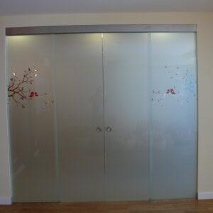 przesuwne drzwi zdobione, szkło matowe