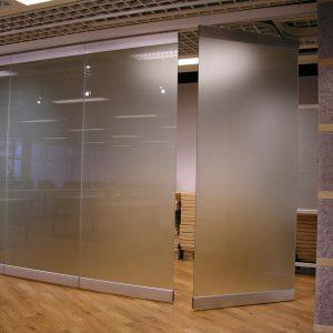 ścianka składana, szkło matowe
