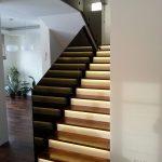 balustrada na schodach, szkło przyciemnione